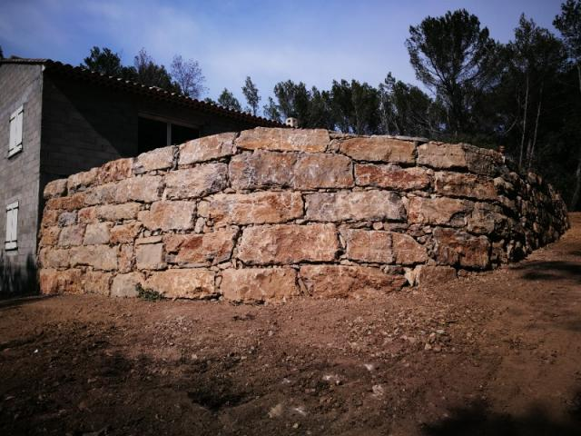 Créations murs de soutènement et enrochements